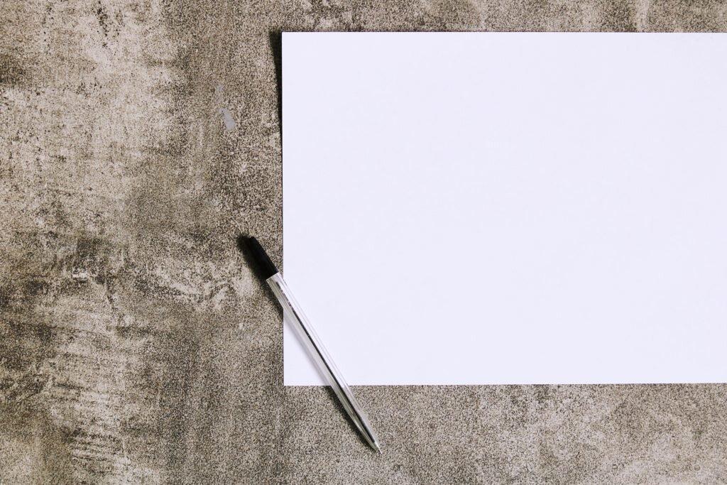 biała kartka